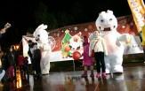 Σε γιορτινό κλίμα ο Δήμος Καλλιθέας μετά την ενθουσιώδη τελετή φωταγώγησης του Χριστουγεννιάτικου Δέντρου