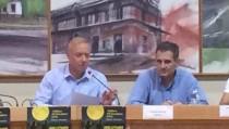 Οομιλητής Π.Δημάκος- Δεξια Δήμαρχος ΚΑλλιθέας και αθλητες